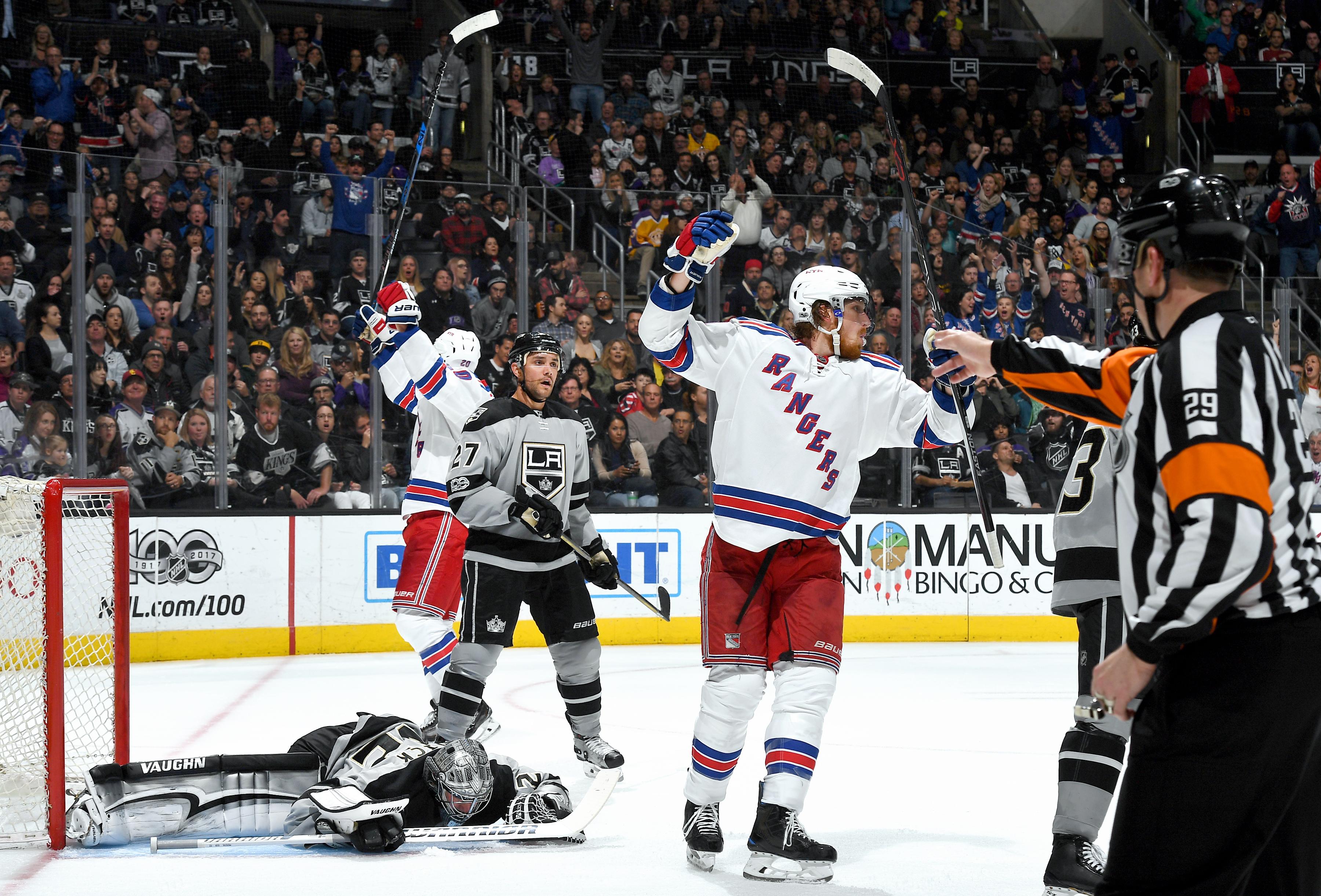 Nash shines as Rangers topple Kings